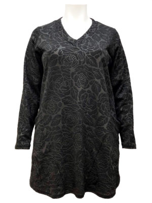 Hayley Joy Black Embossed Roses Slant Pocket Top